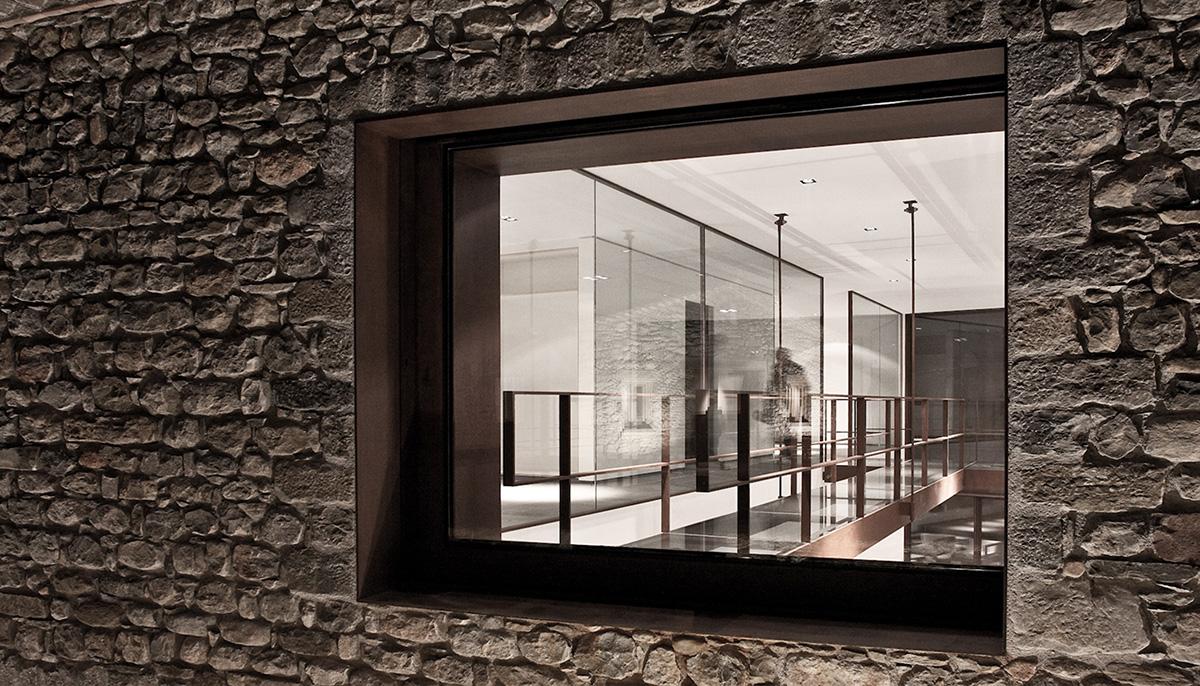 CABRATOSA_finestres_balconeres_detall_1