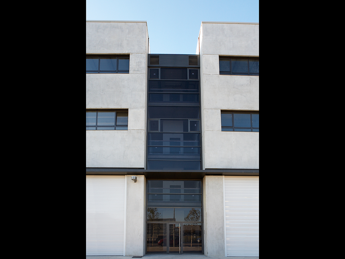 CABRATOSA_nau_industrial_Girona_3