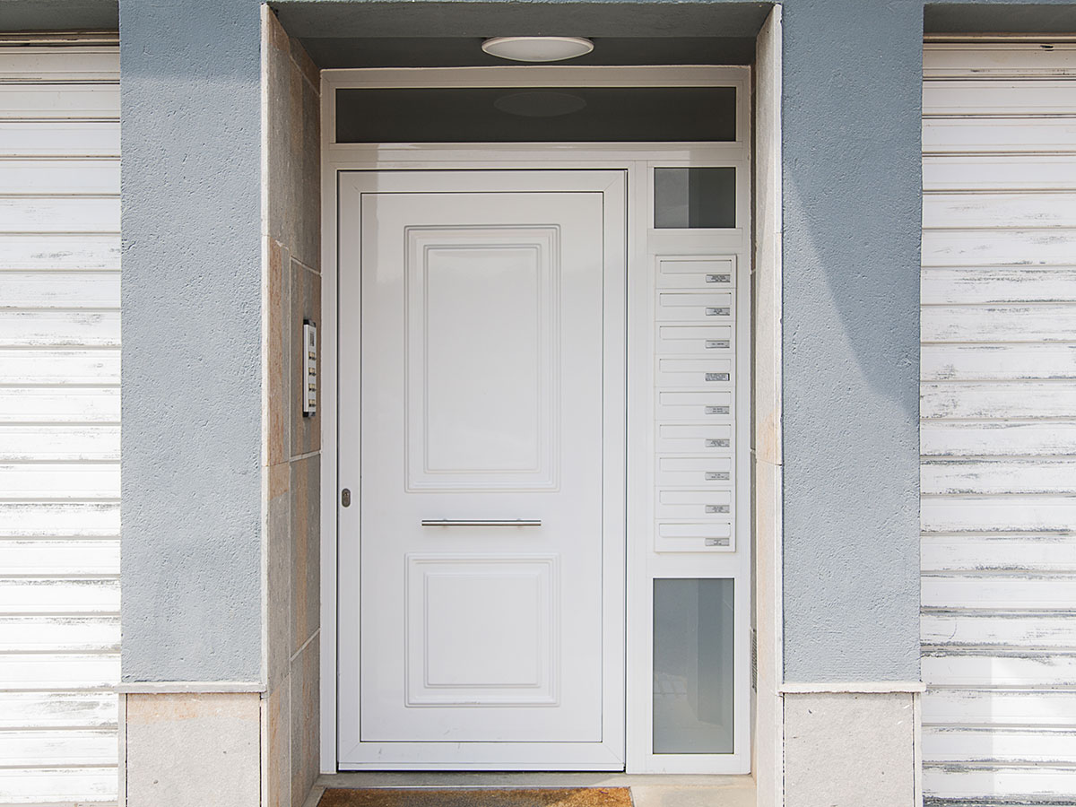 CABRATOSA_portal_edifici_Bescanó_4